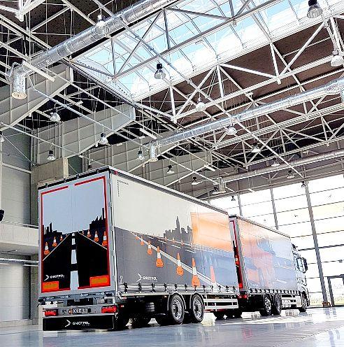 Rodzaje naczep i przyczep do samochodów ciężarowych